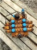 Case 821 C, Hydraulics