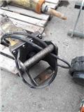 Atlas Copco SB 302, 2015, Hydraulic Pile Hammers