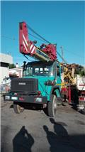 Massenza MI 25, 1992, Waterwell drill rigs
