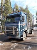 Лесовоз Volvo FH13, 2013 г., 943400 ч.