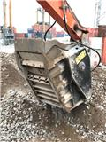 MB BF 90.3, 2009, Construction Crushers