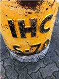 IHC S-70, Martillos neumáticos para pilotes