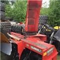 Globus 255, 2013, Snow Blowers