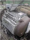 Brook motors UD180, 1980, Mineralgödselspridare