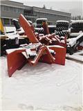 Oluf, Snow Blowers