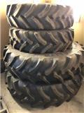 Sprøytehjul 420/90R30, 480/80R46, Tires, wheels and rims