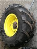 Continental banden met velg 420/65R20, Wheels