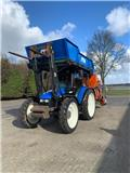 New Holland TL 100، 2001، الجرارات