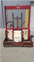 Trioliet Kuilvoersnijder (Vicon), 2005, Резачки за бали, резачки и машини за отмотаване на бали