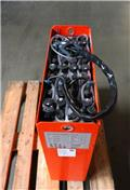 Gruma 24 V 2 PzS 250 Ah, 2013, Other attachments and components