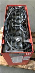 Gruma 24 V 4 PzS 500 Ah, 2014, Ostali priključci i komponente