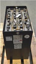 Gruma 24 V 4 PzS 500 Ah, 2013, Ostali priključci i komponente