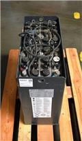 Hawker 24 V 3 PzS 375 Ah, 2014, Other attachments and components