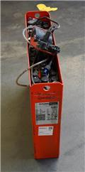 Gruma 24 V 2 PzB 150 Ah, 2015, Other attachments and components