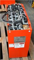 Gruma 24 V 4 PzS 500 Ah, 2011, Other attachments and components