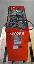 Gruma 24 V 5 PzS 625 Ah, 2015, Altri attacchi e componenti