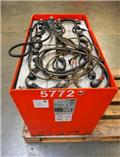 Gruma 24 V 8 PzS 1000 Ah, 2013, Other attachments and components