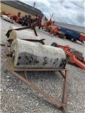 Agerskov Cement tromle, Vältar