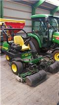 John Deere 2500 A, Greens mowers