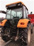 Renault Cergos 355, Traktorit