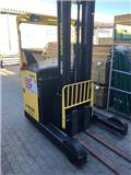 Hyster R2.0, 2013, Reach trucks
