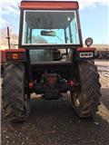 International 844, Traktori