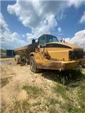 Caterpillar 735, 2002, Articulated Dump Trucks (ADTs)