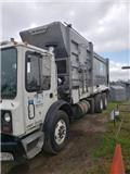 Mack MR 688 S, 2006, Waste trucks