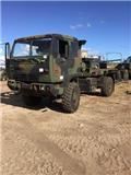 Stewart & Stevenson M1078, 1998, Flatbed / Dropside trucks