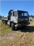 Stewart & Stevenson M1090, 1996, Dump Trucks