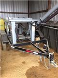 CrustBuster SEED TOTE, 2014, Grain Trailers