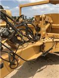 John Deere 1812 C, 2013, Tractors