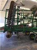 约翰迪尔 2310、其他耕种机械和配件