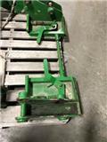 John Deere 500, Farm machinery