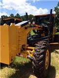 John Deere 672 G، 2014، معدات تمهيد الطرق