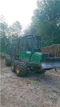 John Deere 810 E, 2015, Forwarders