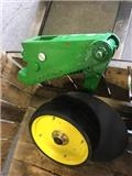 John Deere G, Other sowing machines and accessories