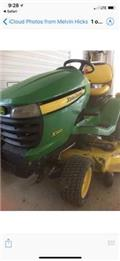 John Deere X 320, 2010, Riding mowers