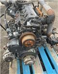 Bobcat V3300 B0913A, Silniki