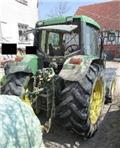 John Deere farm equipment - tractor - wheel tractor, Traktory