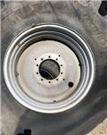 Massey Ferguson 38, Gume, kotači i naplatci