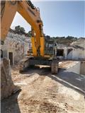 Liebherr 974, 2011, Crawler Excavators