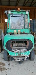 Mitsubishi FD45, Autres matériels agricoles