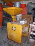 Skiold Getreidemühle SKIOLD, Andere Landmaschinen
