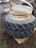 Goodyear 13,6-38, Dual wheels
