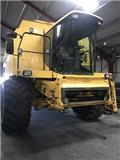 New Holland TF 78, 2001, Kombajni