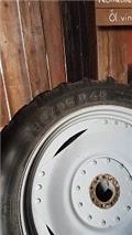 Taurus 300/90-46 270/95-32, 2016, Tyres, wheels and rims