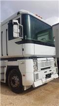 Renault Magnum, 2000, Tractores (camiões)
