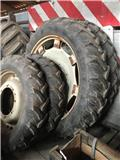 Taurus 395/46 - 270/95R32, Tyres, wheels and rims
