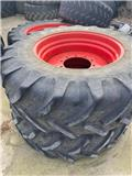 Fendt 520/85x42, 16.9x30 Wheels & Tyres, Tyres, wheels and rims